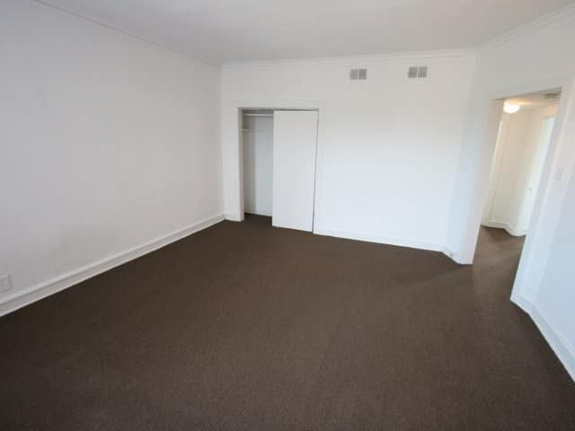 Lovely ... This Two Bedroom Apartment In Chicago Has Great Views Of The City. The  Home Has Rich, Brown Carpeting In The Living Room And Bedrooms, New Tile In  The ...