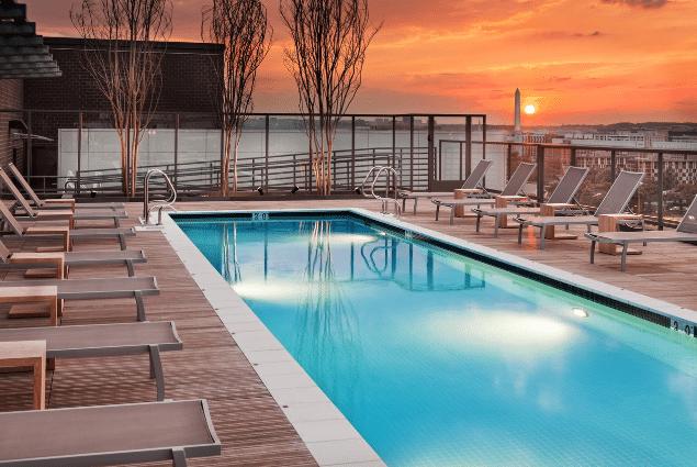 dc apartment pool