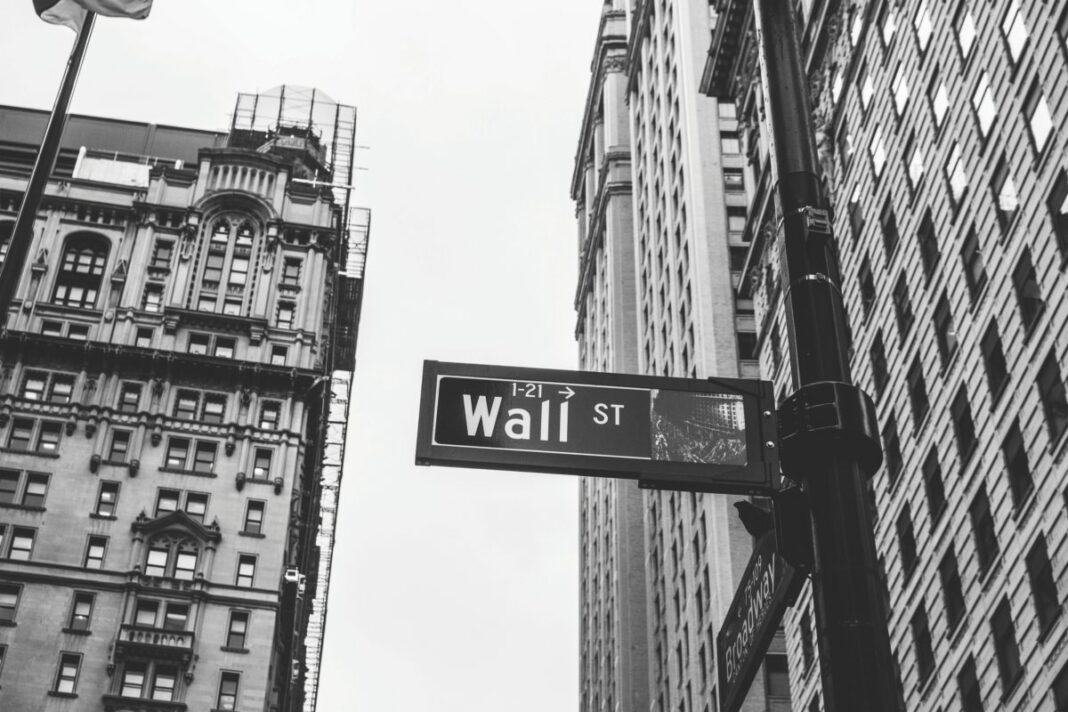wall st manhattan new york